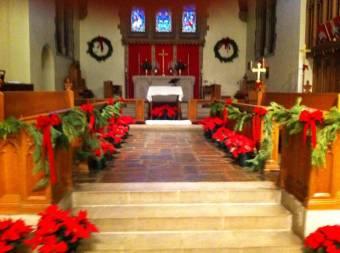 christmas-altar-flowers